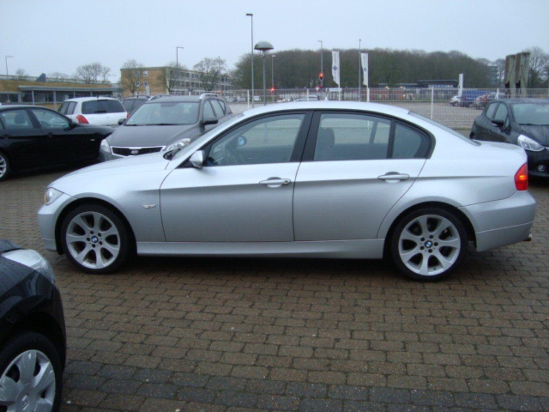 BMW 318i 2,0  4d - 113.900 kr.