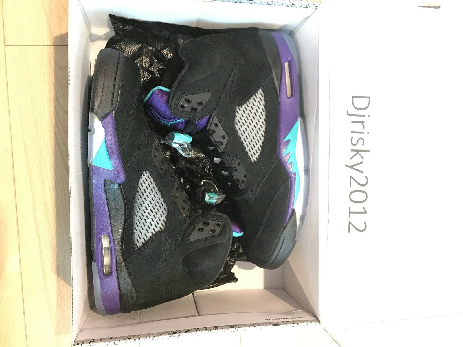 Nike Air Jordan Retro V 5 Black Grape Emerald Ice Men's Sz 10.5 shoes 136027-007