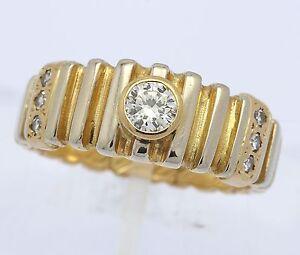 Ring-in-aus-14-kt-585er-Gelb-Gold-mit-Brillant-Brilliant-Brillanten-Diamant