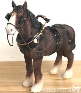 Shire-Cart-Heavy-Horse-in-harness-ornament-figurine-quality-Leonardo-gift-boxed