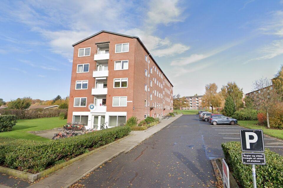 8220 2 vær. andelslejlighed, 66 m2, Engdalsvej 61A 3. sal TV