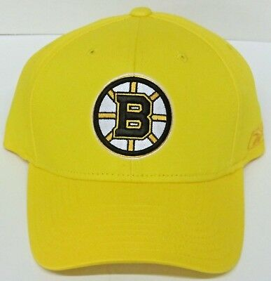 Forever Collectibles Boston Bruins Santa Hat Standard Yellow