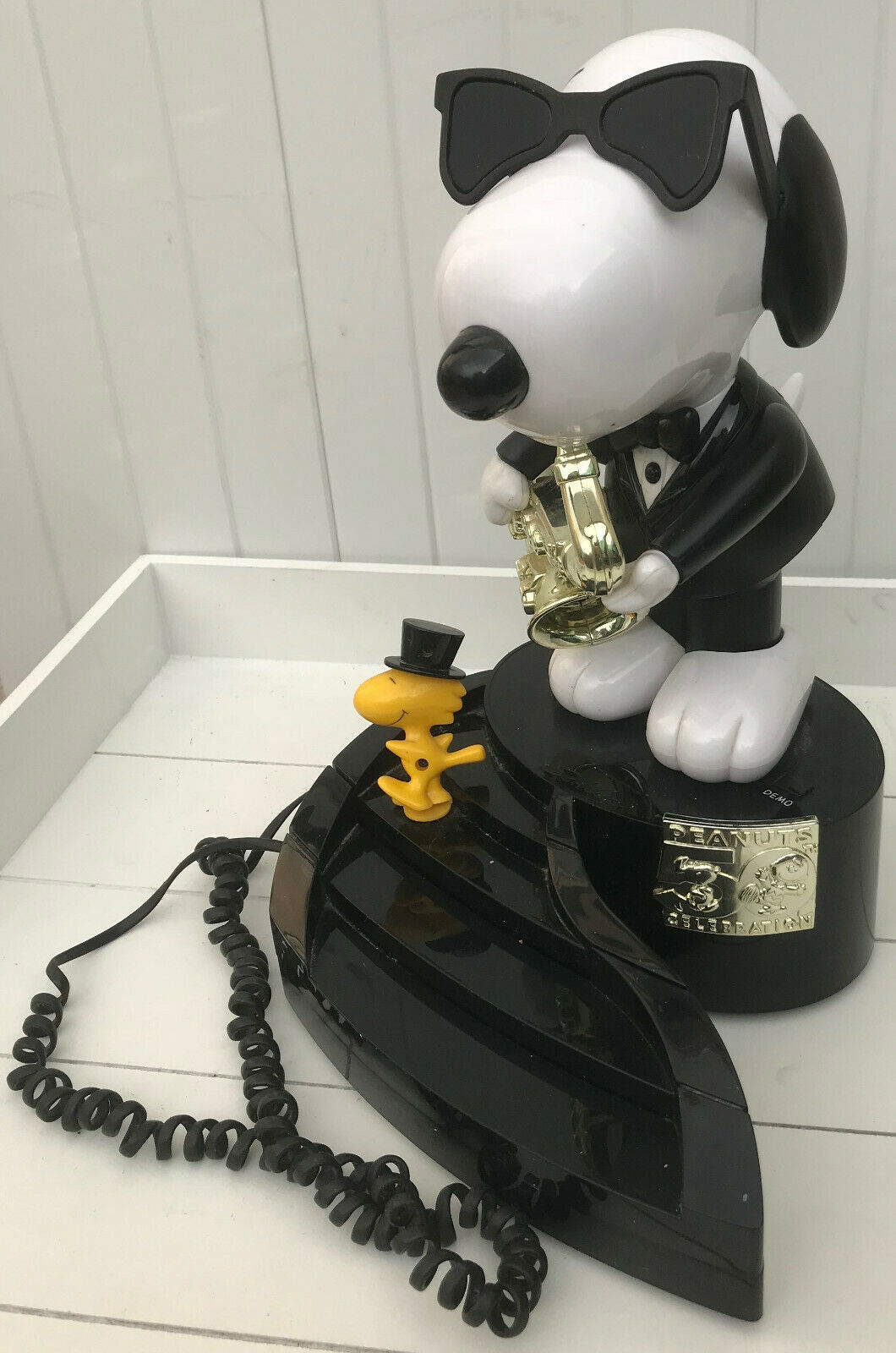 Peanuts Snoopy Saxophone & Woodstock 50th Anniversary Animated Phone collector