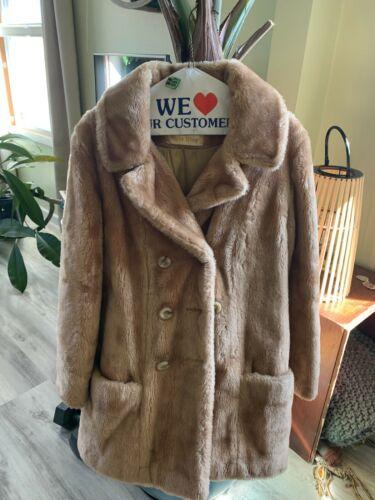 White Stag Women Faux Fur Coat Size Small VTG
