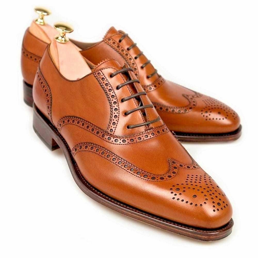 Zapato clásico de la punta del ala de hombre hecho a mano, vestido tan Formales Zapato, Para Hombre Oxford Derby