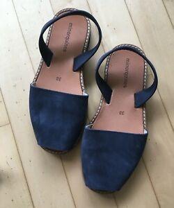 Sandales Minorquines nubukleder bleu, neuf, jamais porté, taille 38, avec Tissu Sac