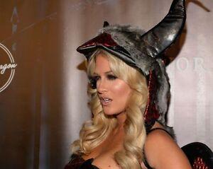 Kelly-Kelly-WWE-Divas-8x10-Gorgeous-Photo-2-Barbie-Blank