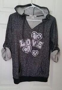 Derek-Heart-Juniors-Sz-S-034-Love-034-3-4-Sleeve-Hoodie-Black-White-Hooded-Sweatshirt
