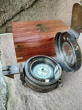 Boussole compas ingénierie en laiton dans son coffret bois