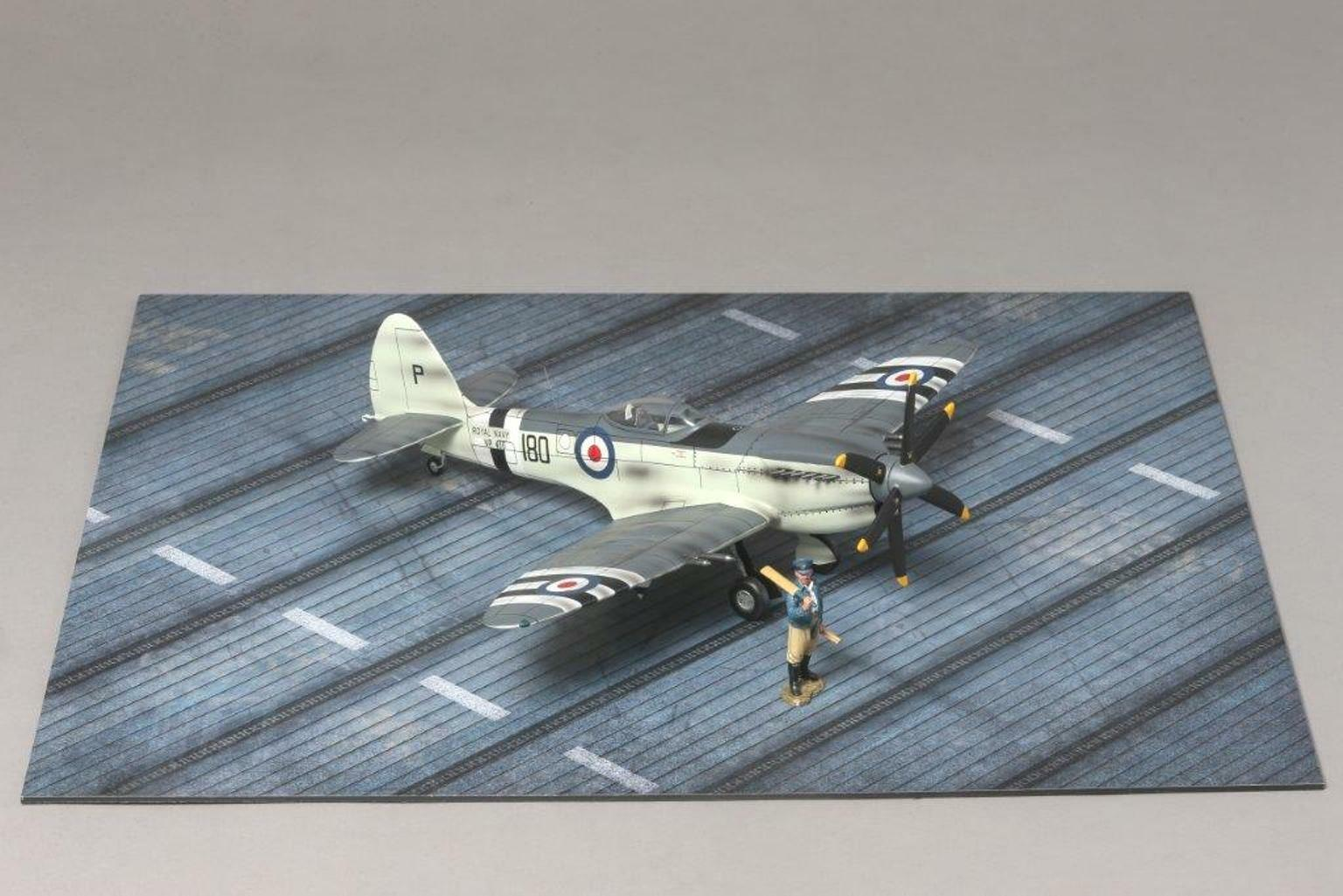 THOMAS GUNN DIORAMA ACCESSORY WW2 MAT005 AIRCRAFT CARRIER MAT MIB