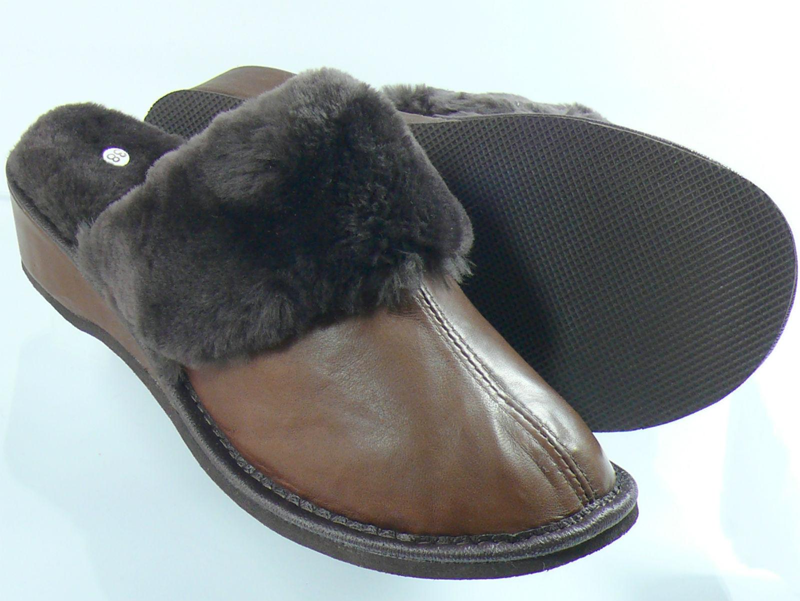 SHEEPSKIN SLIPPERS LADIES MULE STYLE 100%  GENUINE LEATHER UPPER AND INNER