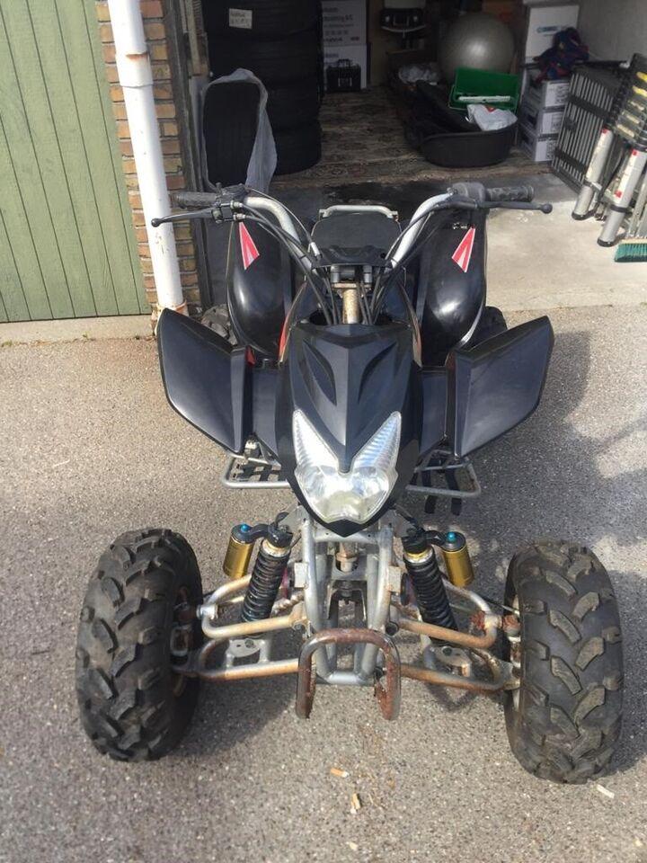 Sælger min ATV racer billigt, da jeg ikke længe...