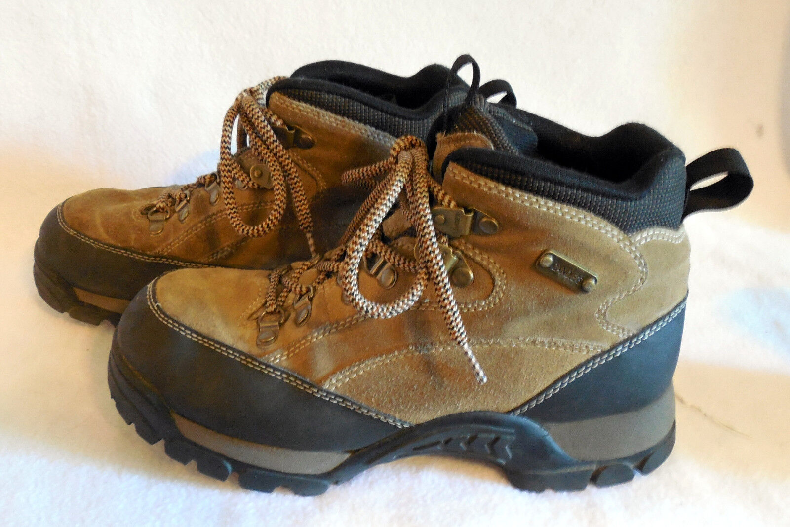 CANDIES size 9M ankle ATHLETIC HIKING BOOT L298