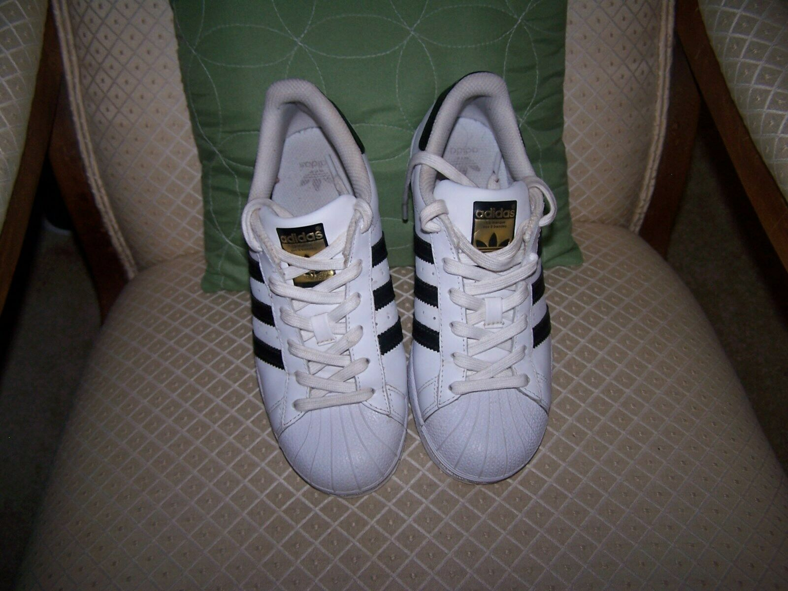 size 5 adidas superstar
