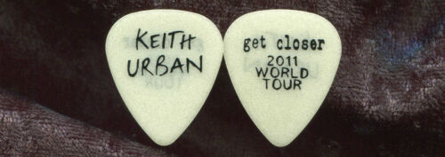 KEITH URBAN 2011 Get Closer Fan Club Only Guitar Pick!! No Longer Available #3