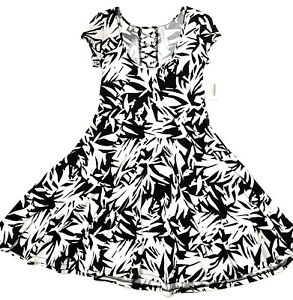 Aeropostale-Summer-Dress-size-Small-Fit-and-Flare-Lace-up-Back-White-Black-NWT