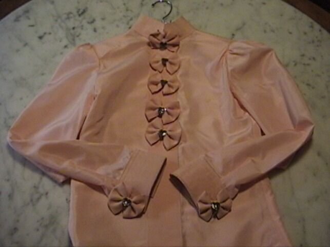 STAND OUT  GIRLS  WESTERN SHOWMANSHIP,  HORSEMANSHIP PEACH  OUTFIT- 7 PC  SMALL  welcome to order