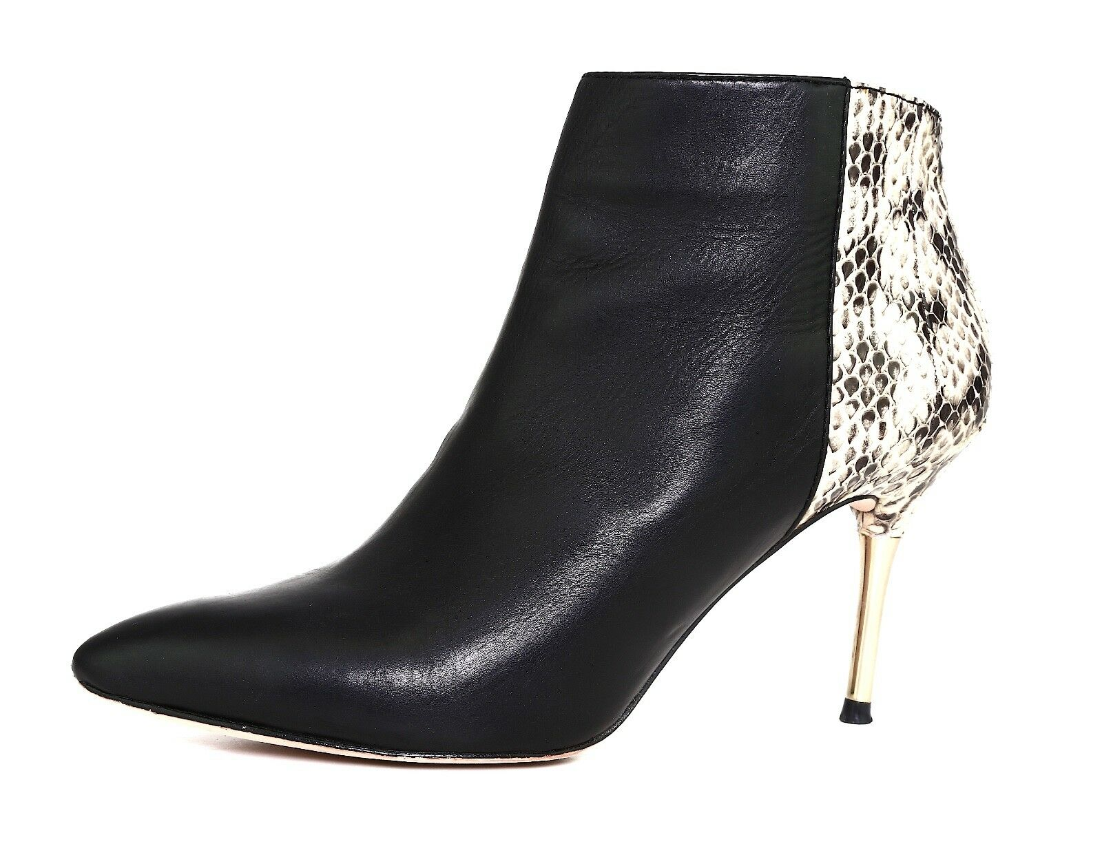 Vince Camuto Signature Posh Leather Bootie Black Women Sz 8 M 5534
