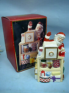 Lenox-Holiday-Village-Musical-Candy-Box-Cookie-Jar-6115851-In-Original-Box