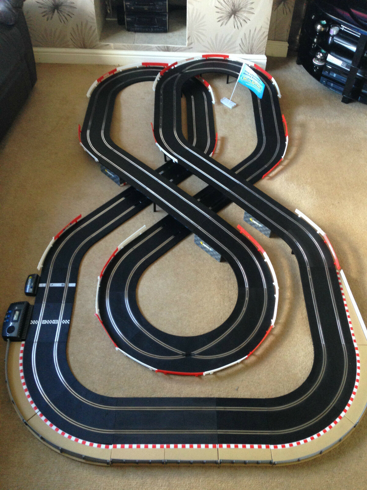 Scalextric Sport Large Layout with Double Flyover   Lap Counter & 2 Cars