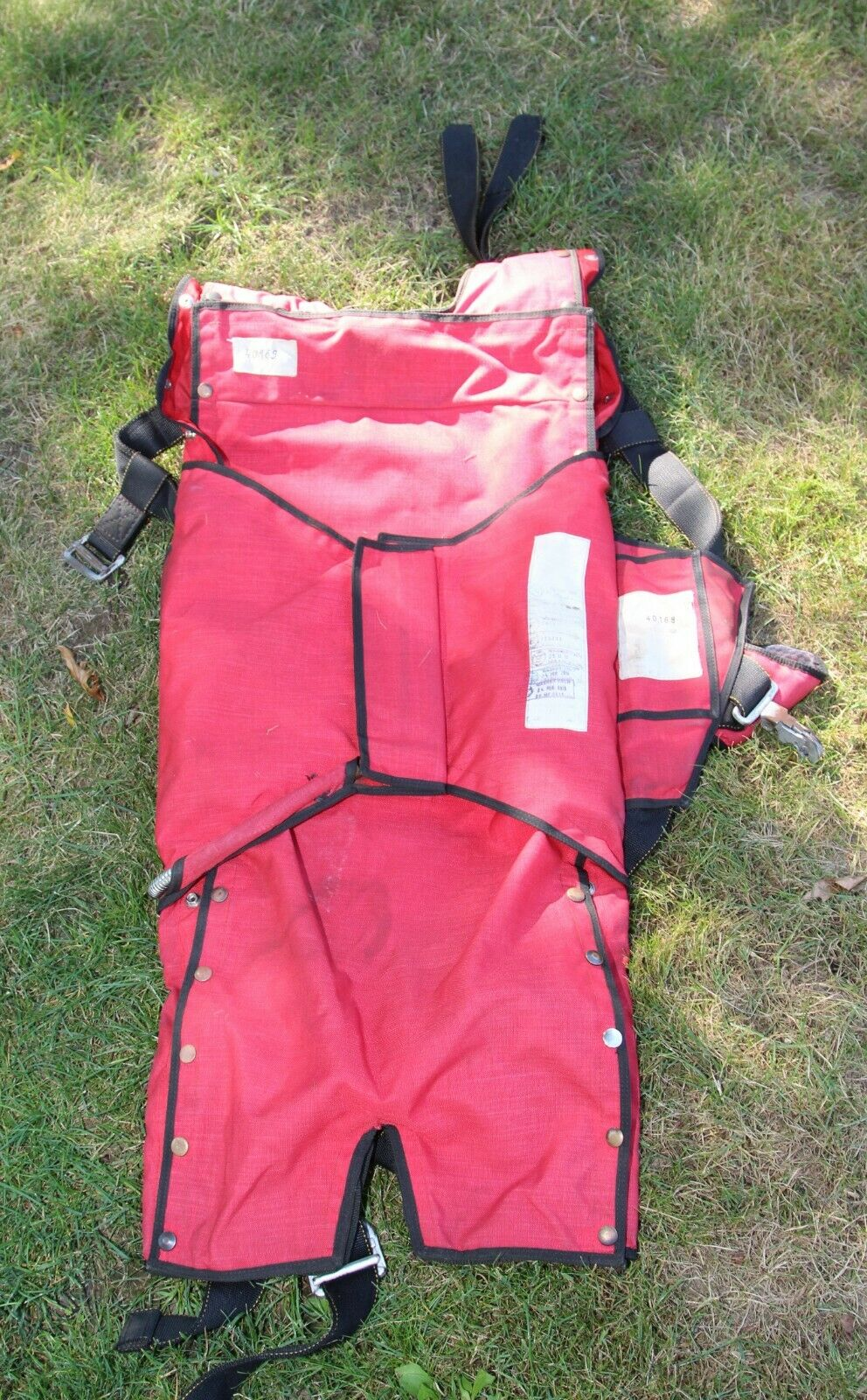 Parachutes Australia Thinback pilot emergency parachute container
