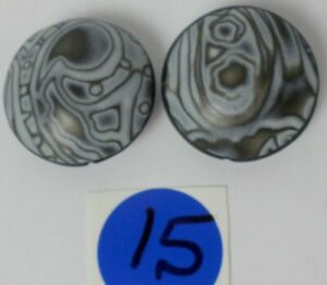 2 HandCrafted Black &Gray Round Disc Polymer Clay Susan Pickle Pendant Bead 30mm