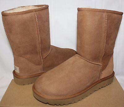 UGG UGG Womens Classic Short II Boots (Chestnut)