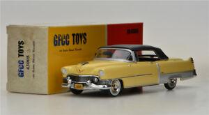 GFCC-TOYS-1-43-1954-Cadillac-Eldorado-Convertible-Alloy-car-model-Yellow