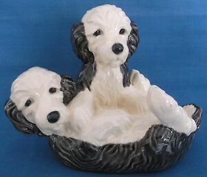 VINTAGE HEREDITIES PAIR OF DOGS PUPPIES PLAYING CHARM OF CREAMWARE FIGURINE