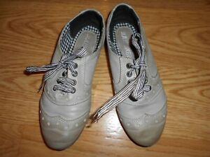 best sneakers 8d683 593af Details zu bullboxer Schuhe Kunst Leder Stoff Sneaker edel grau beige  Hausschuhe 35 wie neu