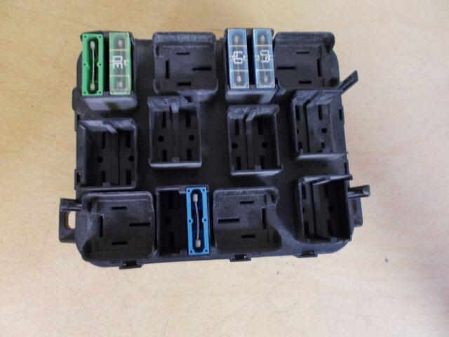 volvo 20470167 fuse relay block box pbt-gf30 *free shipping*
