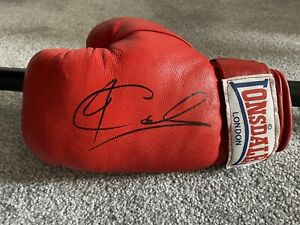 Joe Calzaghe Hand Signed Boxing Glove. Authentic Autograph. World Champion
