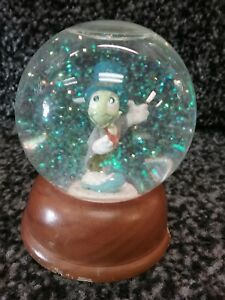Disney-The-First-Limited-Edition-Crystal-Snow-Globe-Collection-JIMINY-CRICKET