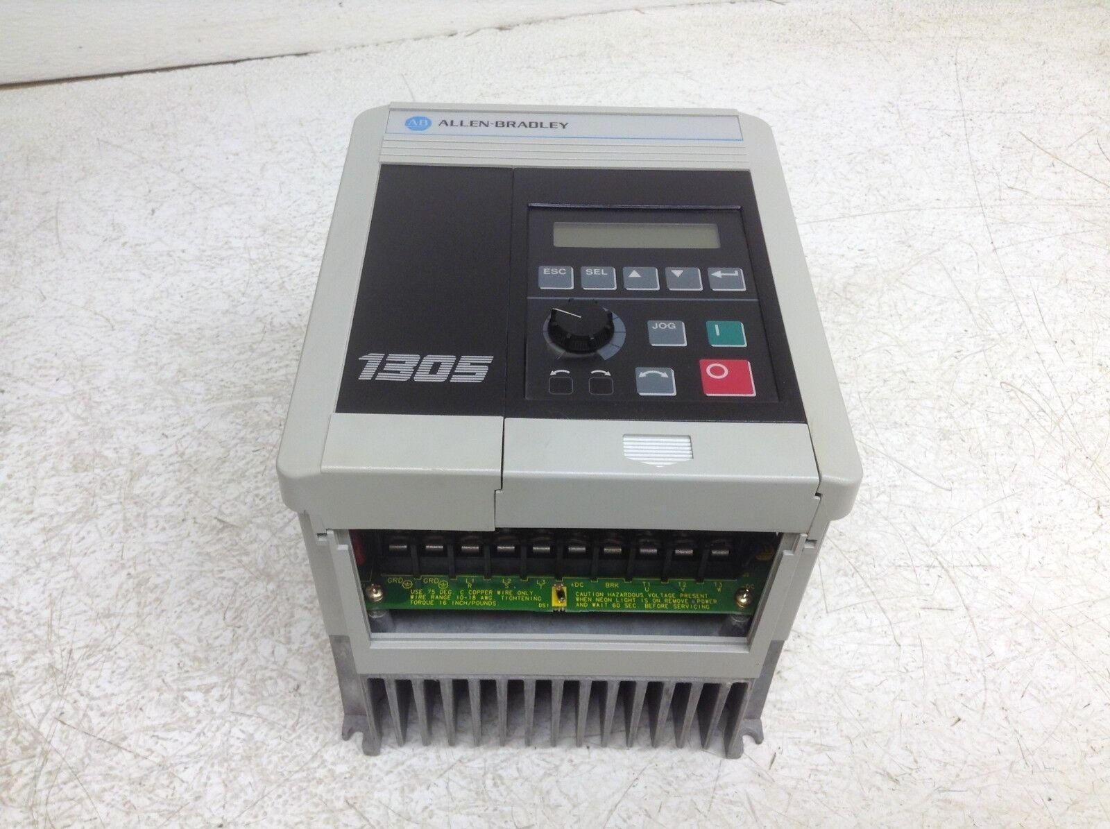 Allen Bradley 1305-BA03A-HA1 VFD Unidad de CA CA CA 380-460 Vac .75 Kw 1 HP 1305BA03AHA1 af52eb