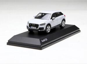 1-43-AUDI-Q2-2016-blanco-modelo-automovil-de-fundicion-Regalo-De-Coleccion