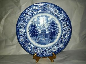 Staffordshire-Ironstone-Plate-Liberty-Blue-Independence-Hall-Plate-9-3-4-inch