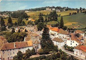 BR23046-La-Guiche-la-place-vue-aerienne-france