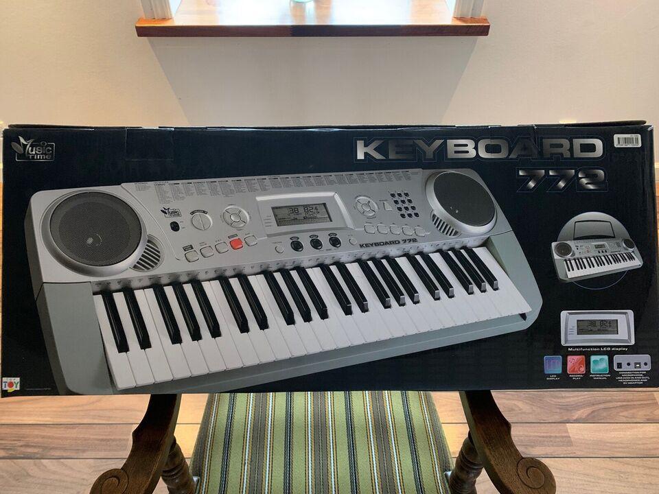 Keyboard, Music time 772