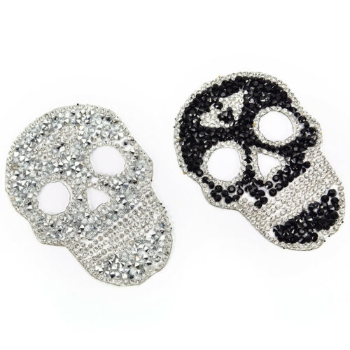 1Pcs Rhinestones skull Embroidered Patch Iron on Sewing Crystal Applique Nu