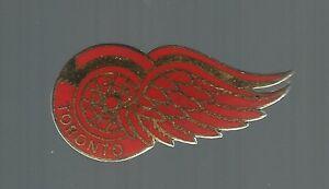 1980-039-s-Toronto-Red-Wings-BIG-logo-Quebec-Minor-Hockey-pin