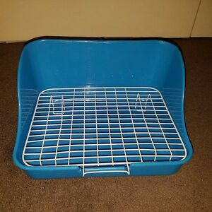 BLUE-Rectangle-Litter-Toilet-Tray-with-Grid-for-Rabbits-Bunnies