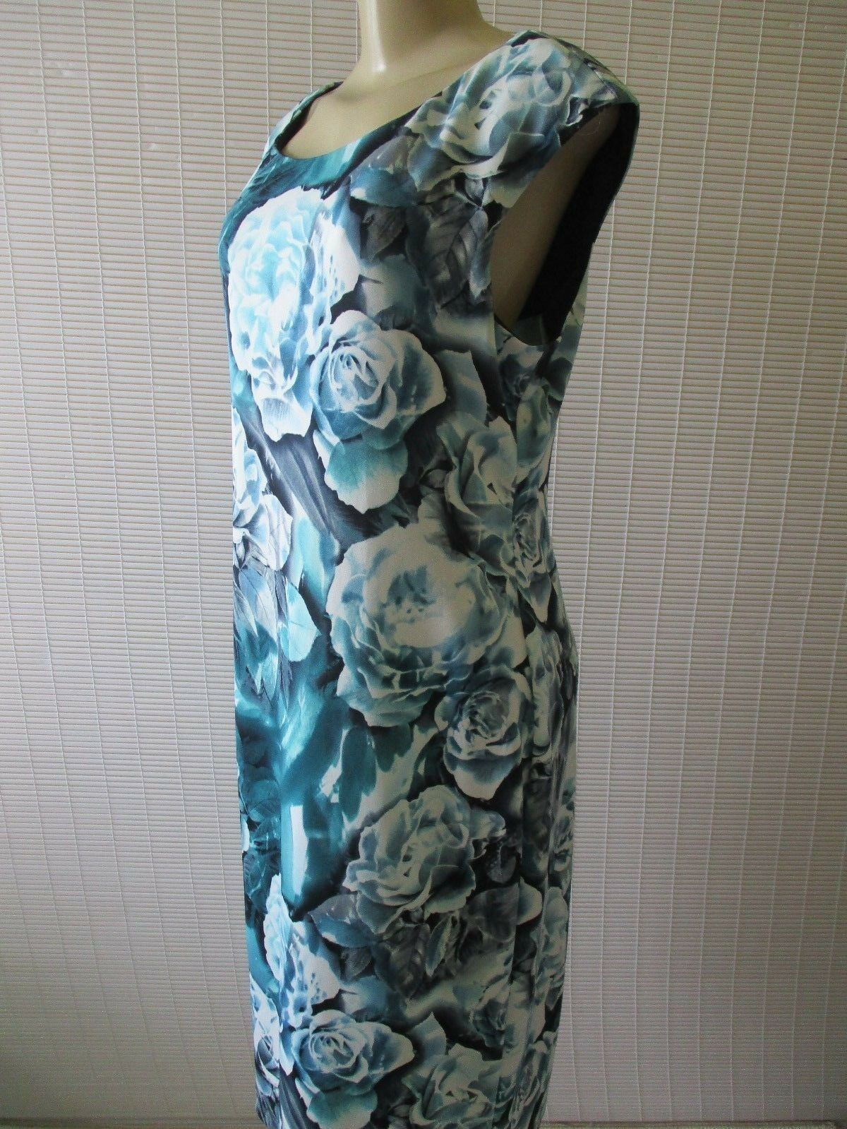 725d8c0a308 ... CONNECTED MULTI-COLOR FLORAL PRINT SLEEVELESS DRESS DRESS DRESS SIZE 14  - NWT cdedb5 ...