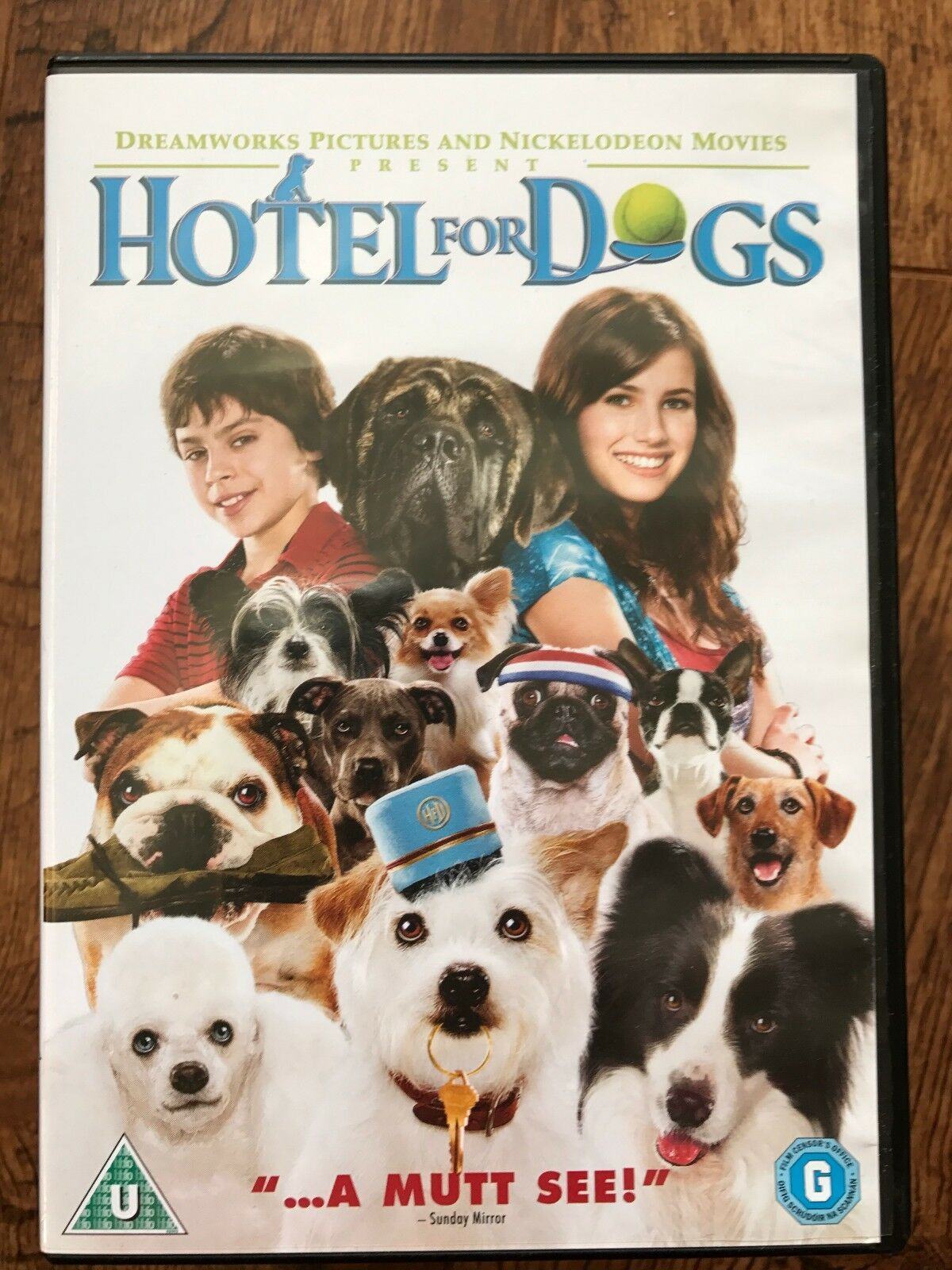 All Comedy Movies In 2009 hotel for dogs dvd 2009 family comedy with kevin dillon and emma roberts