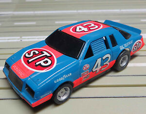 For-H0-Slotcar-Racing-Model-Railway-Buick-Nascar-No-43-with-Tyco