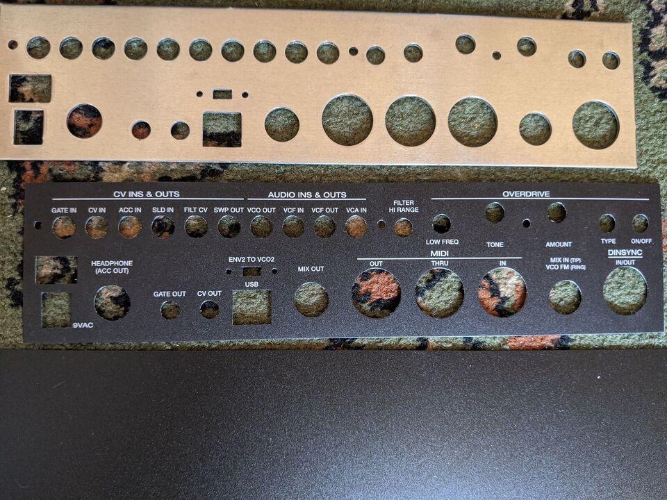 Acid synthesizer X0XI0