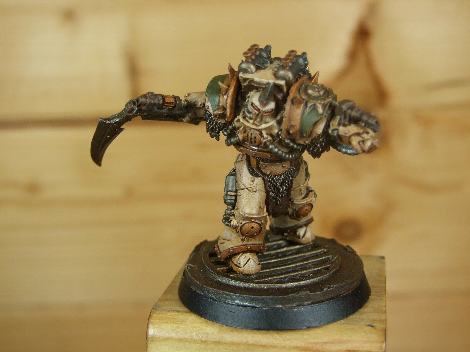 FORGEWORLD DEATH GUARD TYPHON FIRST CAPTAIN VERY WELL PAINTED (940)