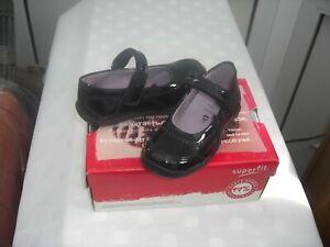 outlet store 52f3d a19a9 Details about SUPERFIT SCHOOL SHOES BLACK VELCRO patent SHOE SIZE 25 UK 7.5  Sale Price £25.00