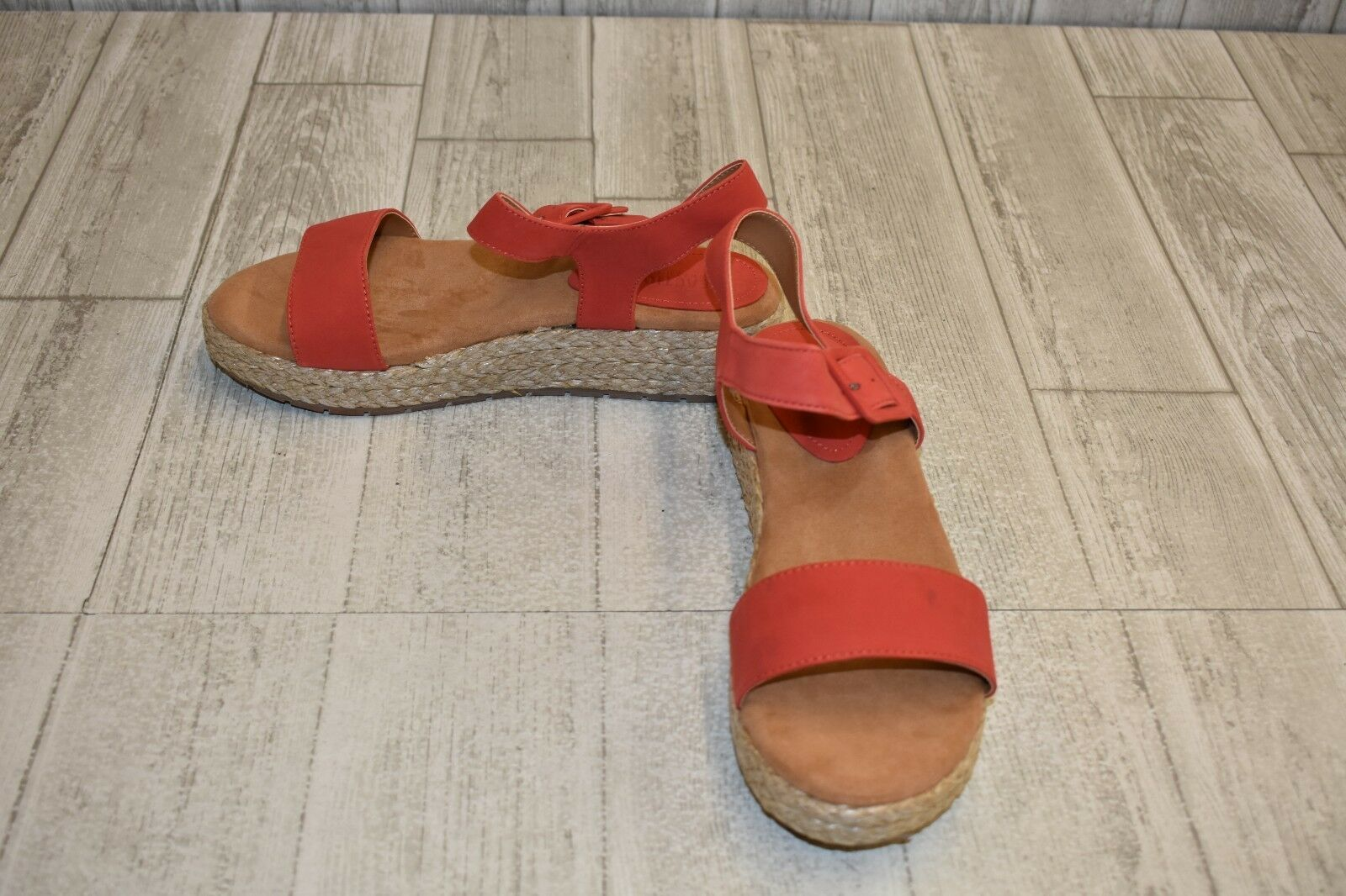 Kenneth Cole Reaction Calm Water Sandal - Women's Size 9M - Red Brown
