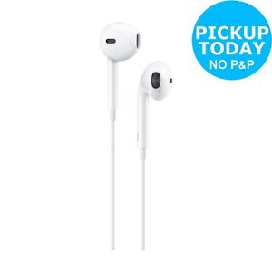 Apple EarPods In Ear Wired Headphones with Lightning Connector - White