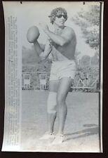 Original June 4 1965 Joe Namath Alabama QB Free Agent 6 1/4 X 9 1/2 Wire Photo